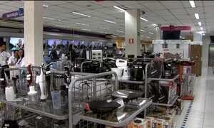 Comércio varejista sofre com queda nas vendas