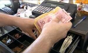 Com mais dívidas, consumidores buscam parcelar contas