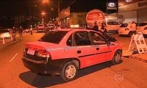 Taxistas que respondem por crimes não poderão dirigir em Porto Alegre