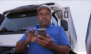 Uso da internet é essencial para rotina do caminhoneiro