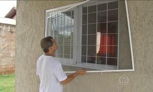 Epidemia de dengue em Campo Grande (MS) faz aumentar procura por telas de proteção