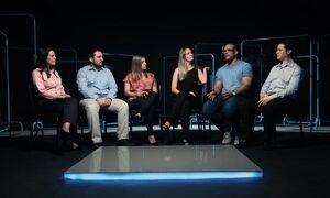 Seis jovens residentes se encontram e compartilham suas experiências