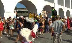 A uma semana do carnaval, blocos no RJ atraem mais de 500 mil foliões