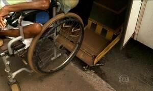 Falta de preparo de motoristas e cobradores revolta cadeirantes em ônibus pelo país