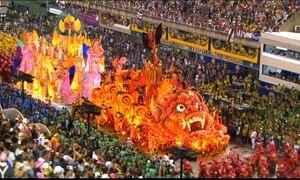 São Clemente leva o circo para a Sapucaí com homenagem aos palhaços