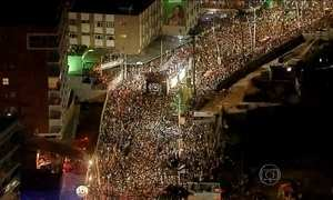 Foliões se negam a acreditar que o carnaval de 2016 está terminando na Bahia