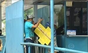 Protesto contra aumento de tarifa de ônibus em GO termina em quebradeira
