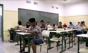 Aumenta o número de alunos que concluem o Ensino Médio no Brasil