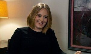 'Chorei o dia inteiro', confessa Adele, depois de desafinar no Grammy; veja
