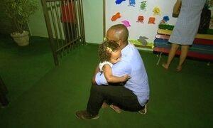 Não basta ser pai, tem que cuidar! Pai moderno divide tarefa e é presente na vida do filho