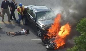Como salvar motoqueiro preso sob 1,5 tonelada de metal em chamas?