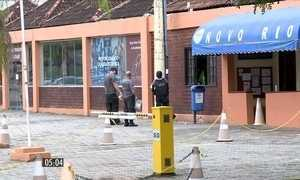 Atiradores executam homem em clube no RJ
