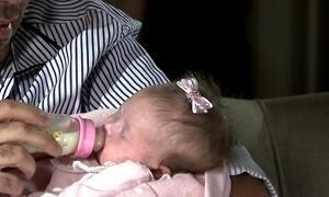 Bebê perde mãe aos 15 dias e comove web com mutirão por leite materno