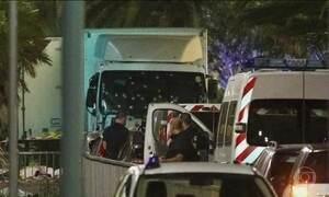 Terroristas atacam calçadão de Nice, um dos grandes símbolos da França