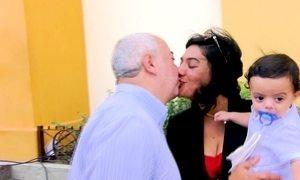 Padre se apaixona por jovem que queria ser freira e larga a batina