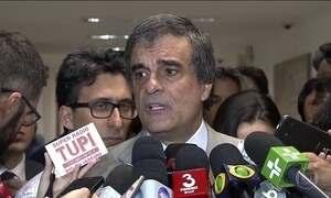 Dilma entrega ao Senado alegações finais da defesa contra impeachment