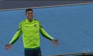 Thiago Braz recebe ouro e Brasil herda bronze de Pequim 2008