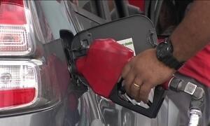 Redução do preço da gasolina não chega ao consumidor