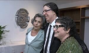 Geraldo Carneiro é eleito imortal da Academia Brasileira de Letras