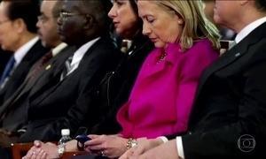 Investigação de e-mails afeta vantagem de Hillary em pesquisas