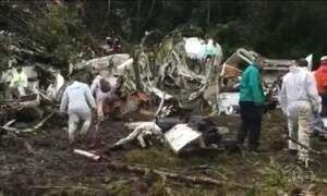 Avião da Chapecoense caiu numa região montanhosa e de difícil acesso