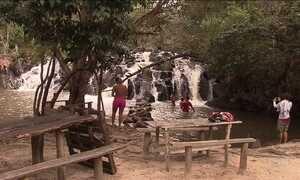 Litoral norte da Bahia atrai turistas durante o verão
