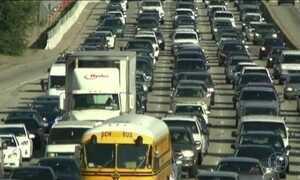 EUA acusam Fiat Chrysler de fraude em controle de poluição