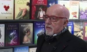 Paulo Coelho e Christina Oiticica inauguram fundação em Genebra
