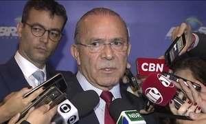 Padilha admite escolha de ministros em troca de votos no Congresso