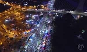 Em Teresina, a tradição do carnaval é o corso, o desfile de carros decorados