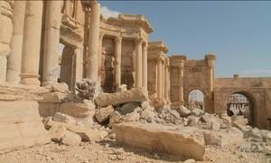 Novas imagens de Palmira, na Síria, revelam destruição causada pelo EI