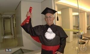 Homem realiza aos 78 anos sonho de fazer faculdade e se tornar advogado