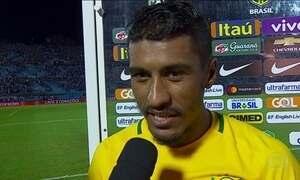 Paulinho faz três para Seleção contra o Uruguai e pede música