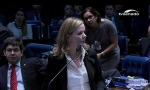 Senadora Gleisi Hoffmann é acusada de receber dinheiro para campanhas