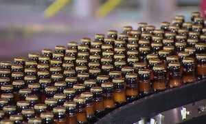 Fabricantes voltam a investir em garrafas retornáveis de vidro