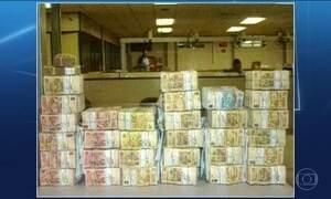 Delação mostra dinheiro de corrupção no 'escândalo dos aloprados'