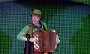Bem Sertanejo sai da TV e invade os palcos do país em espetáculo musical