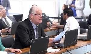 Relator apresenta proposta de abuso de poder no Senado sob críticas