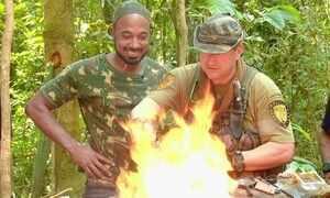 Hoje é dia de sobrevivência na selva: fogo e água