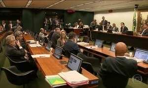Base aliada do presidente Temer no Congresso dá sinais de abandono