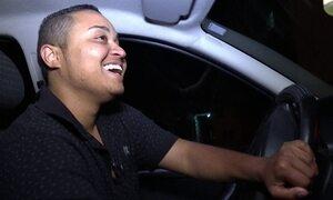 Extra: Transexuais trabalham como motoristas e falam sobre preconceito