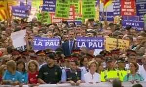 Quinhentas mil pessoas marcham contra o terrorismo em Barcelona