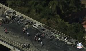 Engavetamento provoca morte e desespero na Carvalho Pinto, em SP