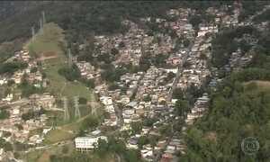 Polícia e Forças Armadas buscam bandidos que fugiram pela mata no RJ