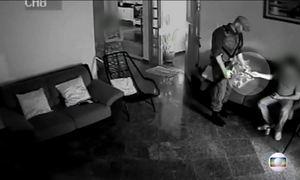 Agentes são suspeitos de ajudar detentos a sair da cadeia para visitas
