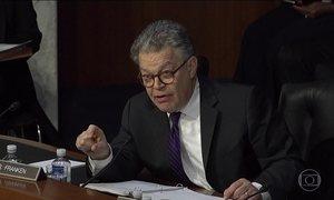 Nos EUA, senador democrata é alvo de acusação de assédio sexual