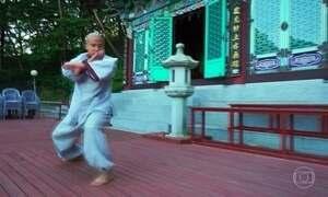 Monges voadores da Coreia do Sul encontram paz interior em arte marcial