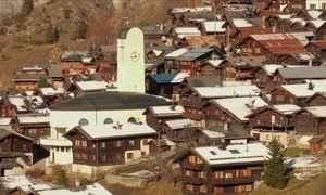 Prefeito de vilarejo na Suíça quer pagar para pessoas irem morar lá