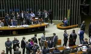 Câmara se reúne para votar decreto de intervenção na segurança do RJ