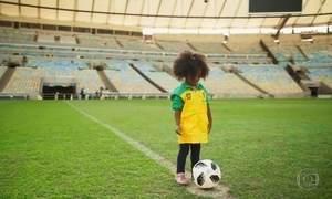 Gerações que nasceram em anos de Copas se encontram no Maracanã